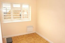 FANTASTIC 2 DOUBLE BEDROOM PROPERTY TO RENT IMMEDIATELY IN NORTHALT - ONLY £1300 PCM!!!