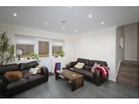 SUPERB 2 BEDROOM- Mews House-Excellent Condition-Private terrace-Very Close to Tube! MUST SEE