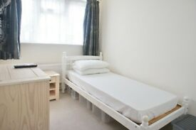 Staines - Single Room All Bills Included £100 Per Week Available Now!