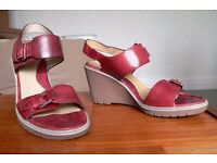 Ladies ecco sandals