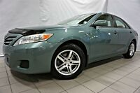 2010 Toyota Camry LE*A/C*MAGS*51 000 KM*