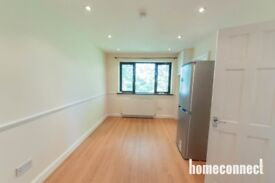 MODERN 1 BEDROOM APARTMENT AVAILABLE IN E11 PART DSS ACCEPTED