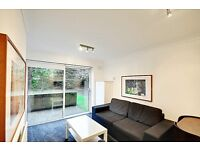 Refurbished 1 Bed, Ground floor, Patio Garden, Parking, Gated, Chiswick