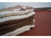 Super king size 100% Merino wool duvet, used few times, exelent condition