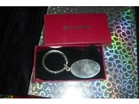 NEW SILVER EDITIONS GOOD QUALITY KEY RING IN RED GIFT BOX