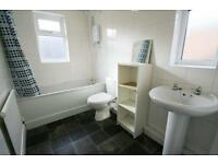 3 bedroom flat in Spencer Street, Heaton, NE6
