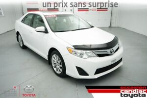 2014 Toyota Camry LE * TOIT * MAGS * SEULEMENT 43515 KM *