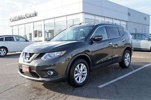2014 Nissan Rogue SV AWD Navi Sunroof   FREE Delivery