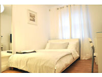 Fantastic double room with fireplace and balcony available NOW in London Bridge!