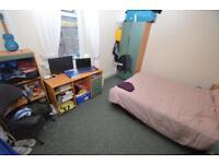 1 bedroom in Wood Road , Treforest ,