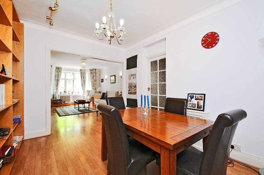 VER - This superb 2 bedroom apartment to rent in West Hampstead