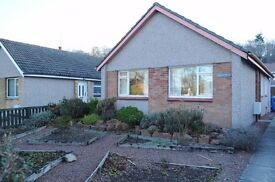 Detached bungalow, 2 bedrooms, in quiet residential area