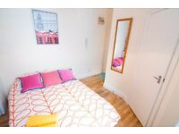 Self contained single studio in West Kensington £250 pw
