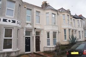 2 bedroom first floor flat to let in Peverell Plymouth