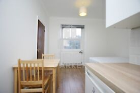 Beautiful Double Studio, Communal Garden, Includes Some Of The Bills, Ideal For Couple Or Single.