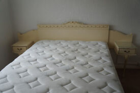 French Style/Louis Headboard with Bedside Tables in creme with golden details