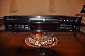 PIONEER COMPACT DISC RECORDER POR-609