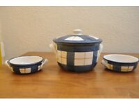Blue & White Patterned Ceramic Lidded Pot with 2x matching serving bowls