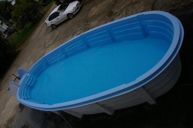 Fibreglass above ground swimming pool long wide - Above ground fibreglass swimming pools ...