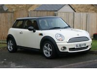 Mini Hatchback Chill Pack White Leather, Satnav and Bluetooth
