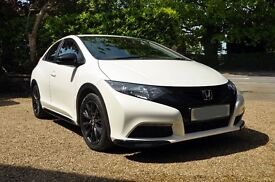 Honda Civic 1.8 i-VTEC Black Edition 5dr with 3 Years Service Plan and Breakdown cover