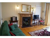Special offer - fabulous holiday let / short term flat Central Edinburgh Marchmont. Wifi. Study