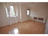 Beautiful 2/3 bedroom property ideal for sharers or students