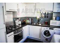 Bargain 3 double bed apartment with kitchen diner,14Min walk to Kennington Tube&Elephant&castle Tube