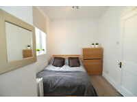 NO DEPOSIT, BILLS INCLUDED - A contemporary double room in a fantastic house share in Barons Court