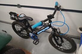 "Childs bike, 16"" Apollo Starfighter, black, rarely used"