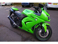 2010 Kawasaki Ninja 250 250r Green 4800 miles FSH A2 legal Fantastic condition £1900