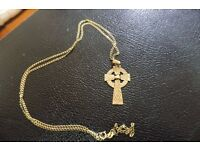 9ct Gold vintage Celtic cross