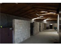 Stables for rent with Graising - Full yard or single stables available