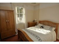 2 Bed Spacious Flat with enclosed garden for Rent - Corstorphine