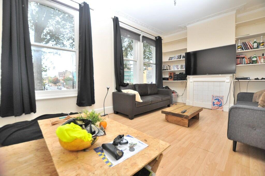 Spacious 3 bedroom flat in Victoria Park E9