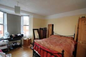 large, light double room with ensuite, St Leonards