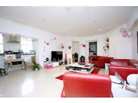 ONLY 2 MINUTES WALK TO FINCHLEY ROAD TUBE, INCLUDES, GAS, WATER, ELECTRIC, MODERN 3 BED FLAT