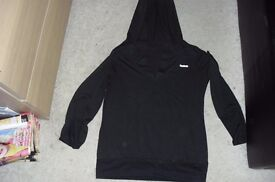 "SIZE 10 BLACK LONG SLEEVE HOODED TOP MAKE ""REEBOK"""