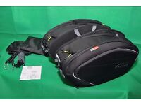 GIVI EA100B - Panniers and Givi TE6402 Mount for Triumph Speed Triple 1050 2011 2012 2013