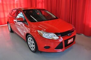 2013 Ford Focus SE Hatchback AT - One Owner