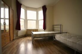 Twin room available NOW!