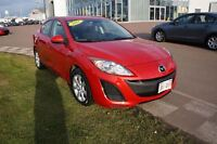 2011 Mazda MAZDA3 GS! 0.9% Financing! Fully Reconditioned