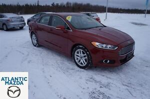 2014 Ford Fusion SE! Leather! Automatic! Only 35K