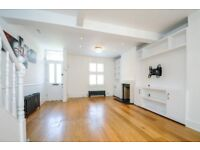 A well presented 3 bed, 2 bath house to rent with private garden. Newton Road, Wimbledon SW19
