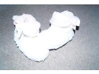 Girls furry Boots size 9 UK