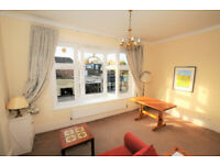 A very well located one bedroom apartment yards from Turnham Green Tube station.