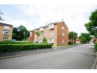 LOVELY 1 BED CLOSE TO MUSWELL HILL- GREAT LOCATION AND VERY CLOSE TO THE BROADWAY- IDEAL FOR SINGLE
