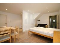 SUPERB MODERN 6 BED / 4 BATH HOUSE- AROUND THE CORNER FROM MIDDLESEX UNI- PERFECT FOR STUDENTS