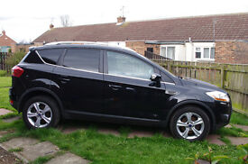Ford Kuga Zetec 2.0 2WD in panther black metallic, appearance pack and bluetooth hands free phone
