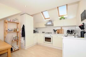 Merton Road - A two bedroom flat to rent in Earlsfield